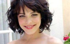 The Best Hairstyles for Your Curly hair Best_Curly_Hairstyles_Short_4-235x150