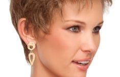 3 Sexy Hairstyles For Short Hair Spike_color_Short_Hairstyles_10-235x150