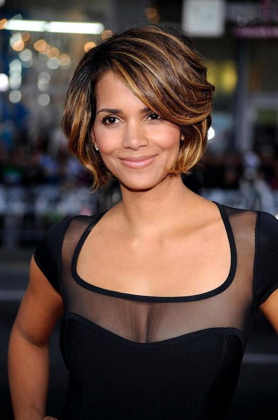 Sedu Hairstyles How To Reveal The Natural Beauty Of Your Face Shape halle_berry_hairstyles_1
