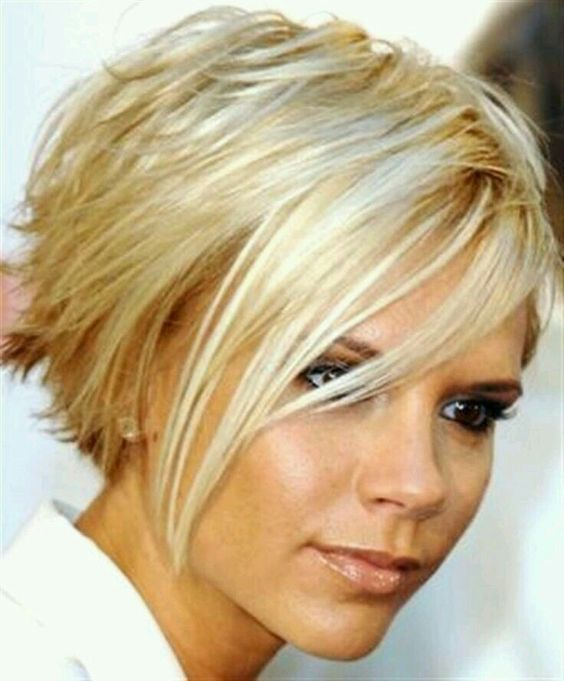 Choosing Short Hair Thats Right layered_short_hairstyles_ideas_7