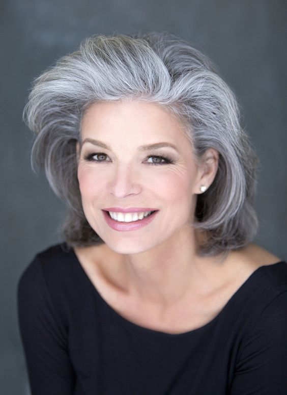Hairstyles For Gray Hair Without Looking Old older_women_grey_short_hairstyles_11