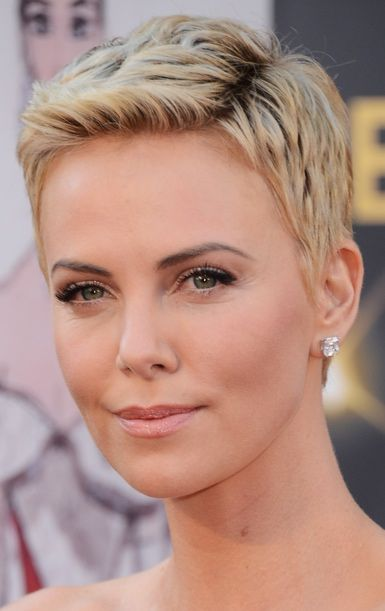 Choosing Hairstyles According To Your Face Shape And Personality oval_face_short_hairstyle_8