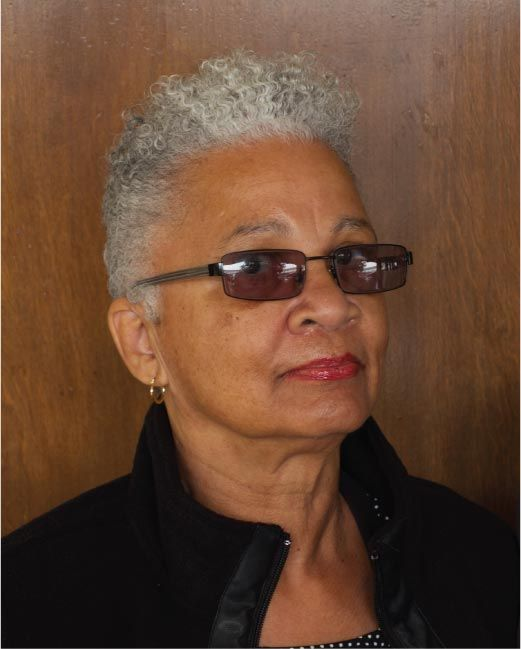 Appealing Short Haircuts For Ladies Over 50 short_haircut_older_african_american_11