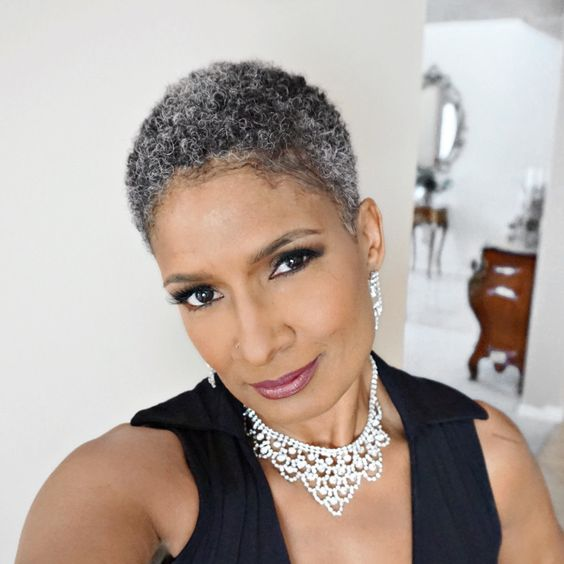 Appealing Short Haircuts For Ladies Over 50 short_haircut_older_african_american_15