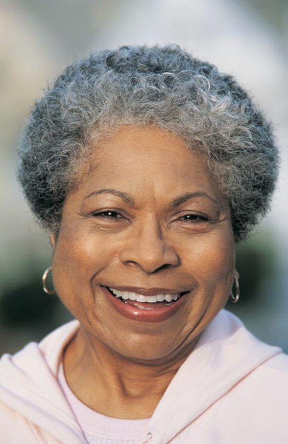 Appealing Short Haircuts For Ladies Over 50 short_haircut_older_african_american_18