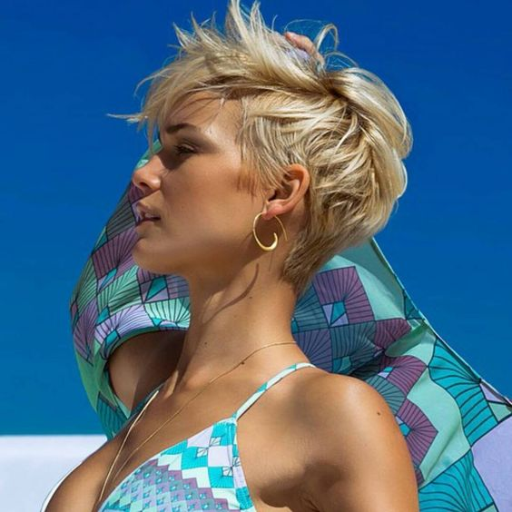 Short Hairstyle And Your Personality short_pixie_hairstyle_1