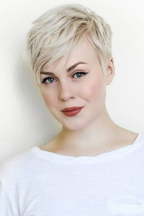 Short Hairstyle And Your Personality short_pixie_hairstyle_2