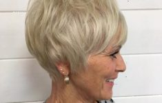 Best Short Hairstyles for Women Over 60 with Thick Hair blonde_cropped_hairstyle_over_60_6-235x150