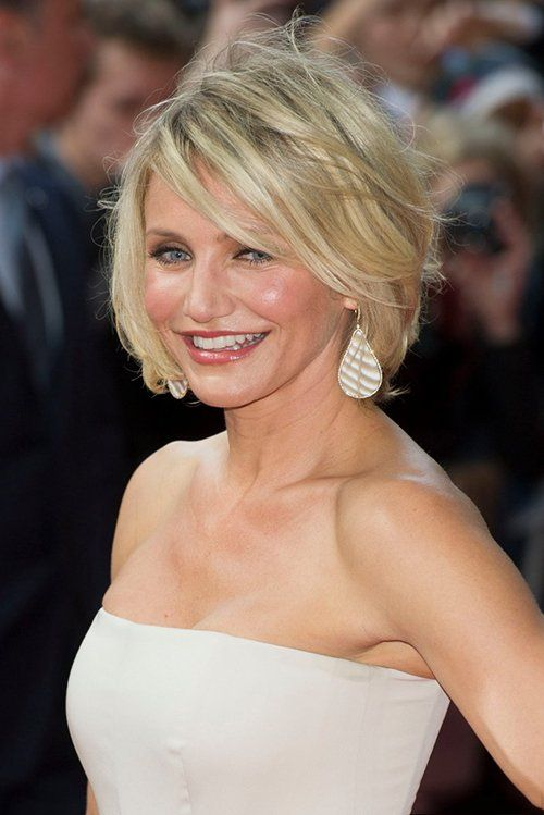 the best short medium blonde hairstyles with highlights