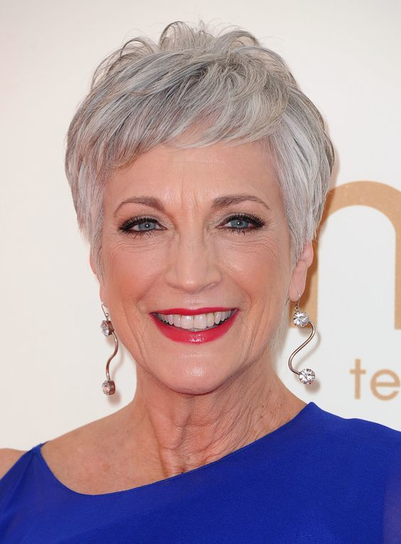 short layered haircut style for women over 60 with grey hair
