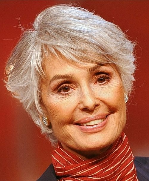 layered pixie hairstyle for women over 60