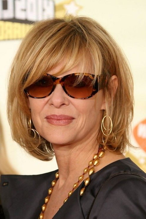 blonde over 60 women with glasses