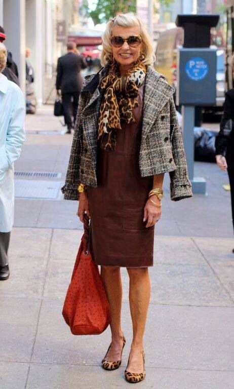 fashion style for older women with blonde hair