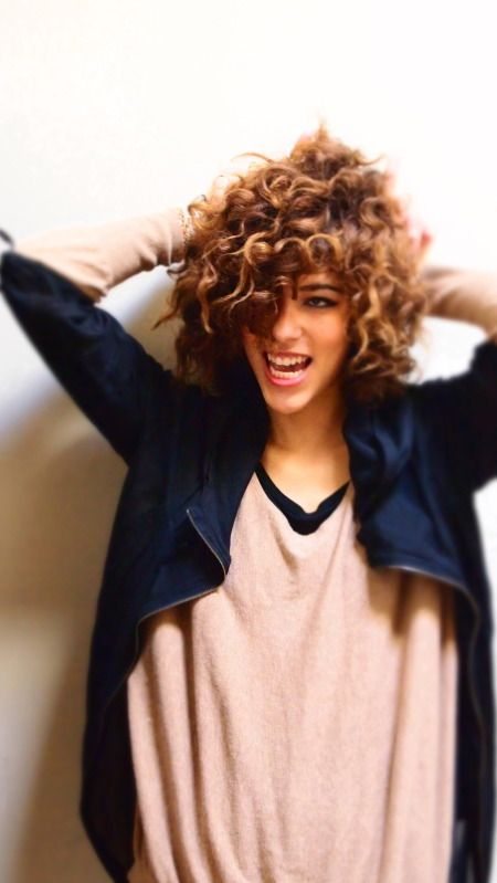 Beautiful short medium hairstyles for natural curly