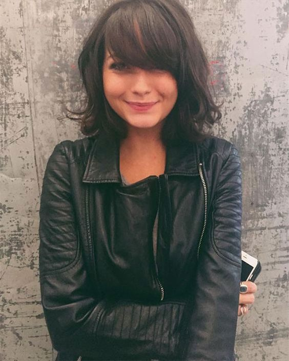 a line bob with bangs trends in 2018 classic_bob_hairstyle_women_2
