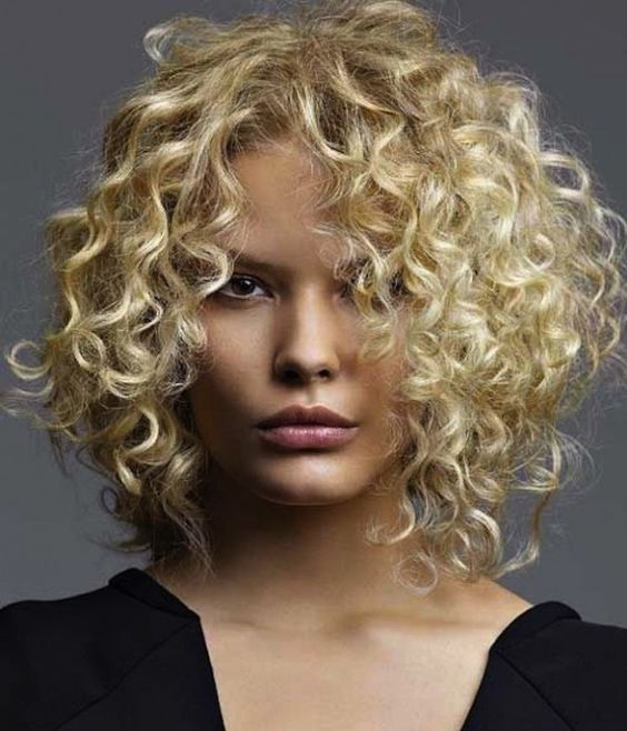 curly_blonde_hair_women_8 curly_blonde_hair_women_8