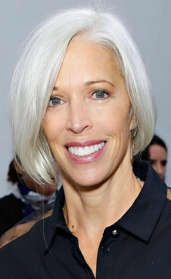 Classic Bob For Older Women With Thin Hair Short
