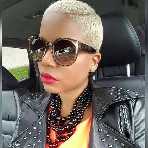 very short hairstyle for african american women