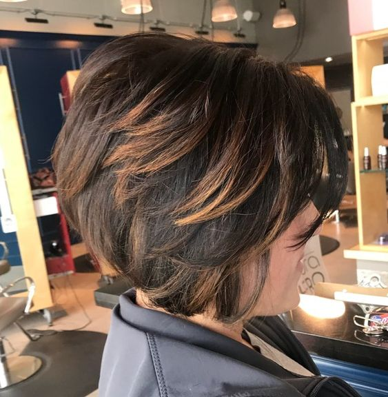 23 Popular Short Hairstyles for Women Over 40 that You Should Check in 2021 Angled-bob-with-highlights