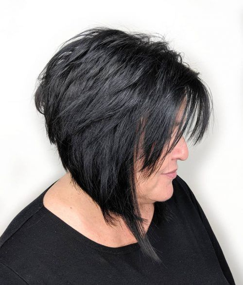 23 Popular Short Hairstyles for Women Over 40 that You Should Check in 2021