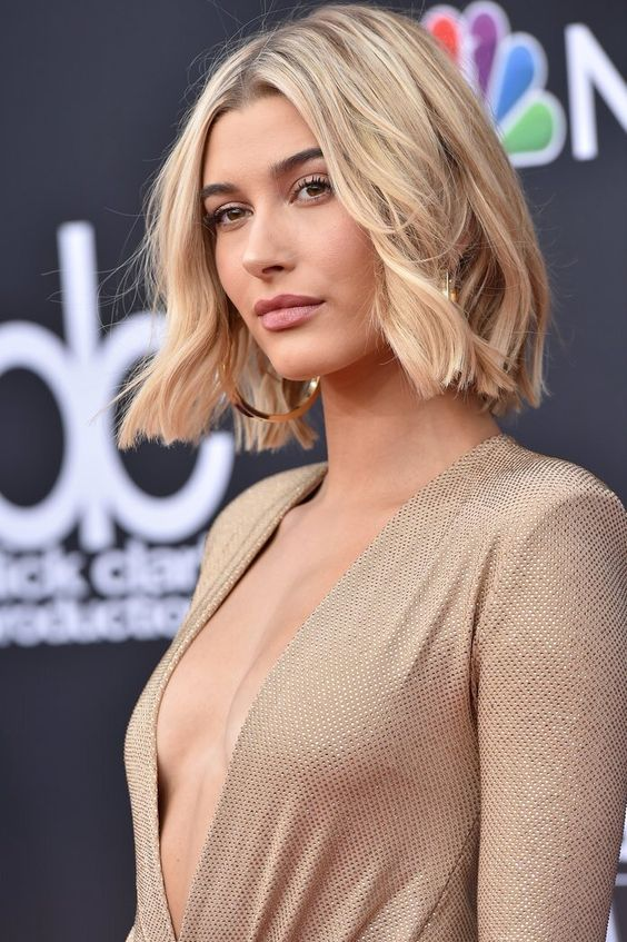 20 Greatest Layered Bob Hairstyles for Older Women (Updated in 2021) Layered-blunt-cut