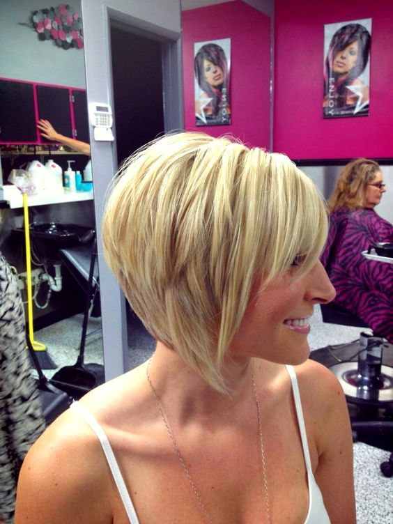 Here are 20 Best Short Haircuts for Straight Hair (Updated 2021) Layered-inverted-bob
