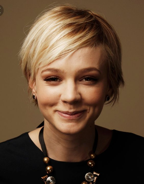 Here are 20 Best Short Haircuts for Straight Hair (Updated 2021) Sassy-pixie-cuts-for-fine-straight-hair