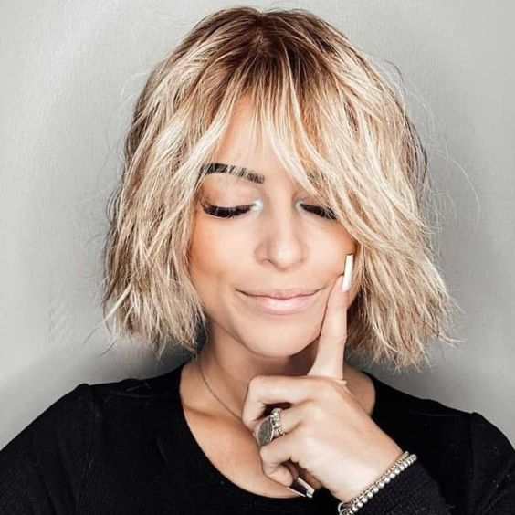 Here are 20 Best Short Haircuts for Straight Hair (Updated 2021) Short-wispy-shaggy