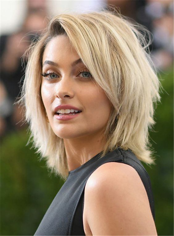 23 Popular Short Hairstyles for Women Over 40 that You Should Check in 2021 Straight-shaggy-angled-bob
