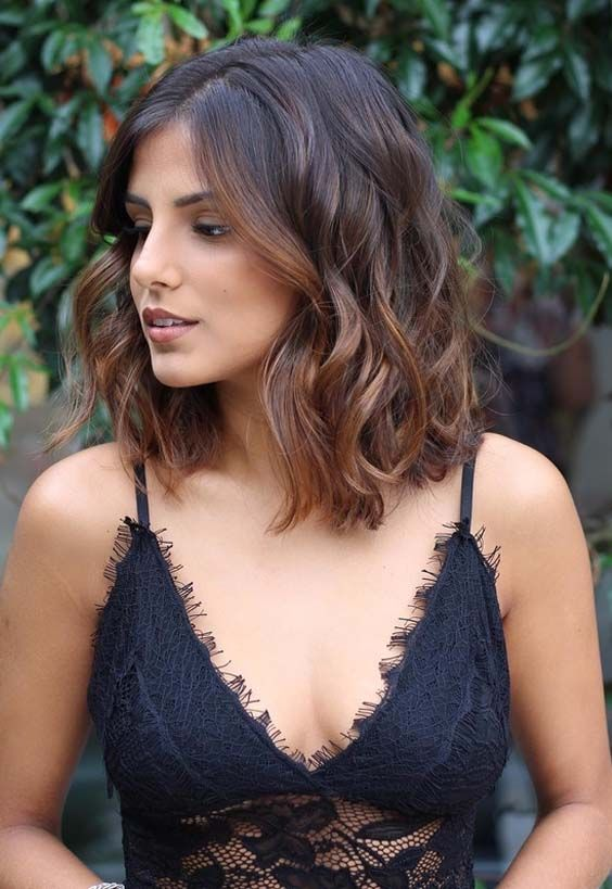 beautiful brown bob hairstyle for women who loves curled ends hair