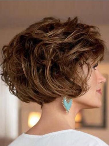 3 Best Wedge Haircuts for Women over 60 beautiful-classic-short-wedge-haircut-for-older-women