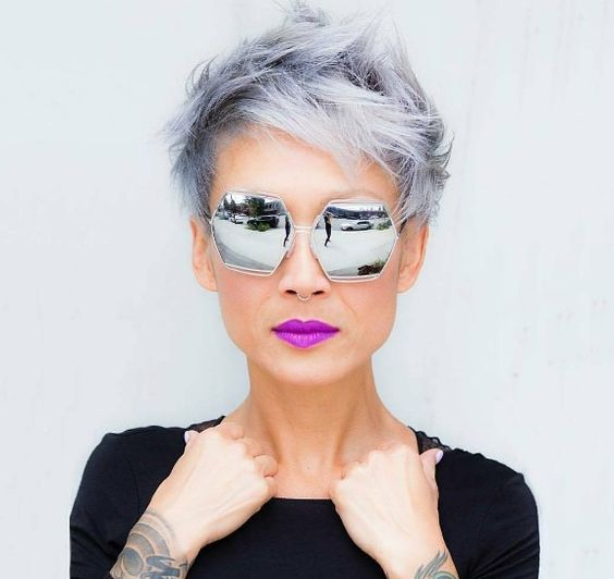 Cute Spiky Short Hairstyle For Older Women With Grey Hair