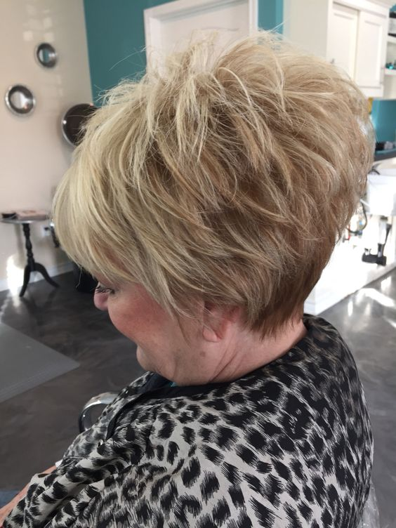 Layered Wedge Haircut That You Should Try In 2018 Short