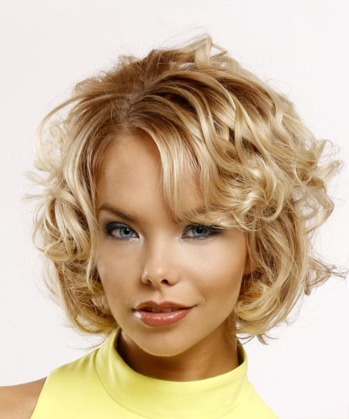 cute curly hairstyle that older women with thin hair could try