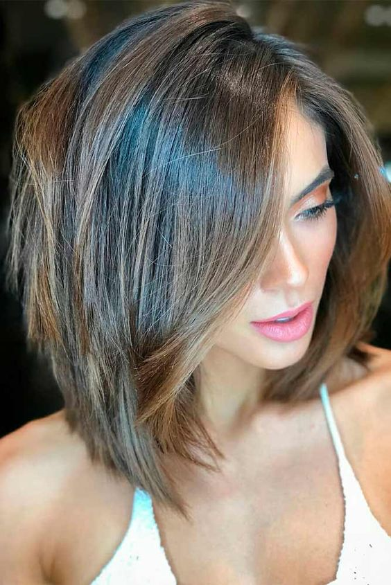 15 Sensual Short Haircut Styles for Older Women that is Awesome in 2021 Medium-choppy-bob-with-soft-layers
