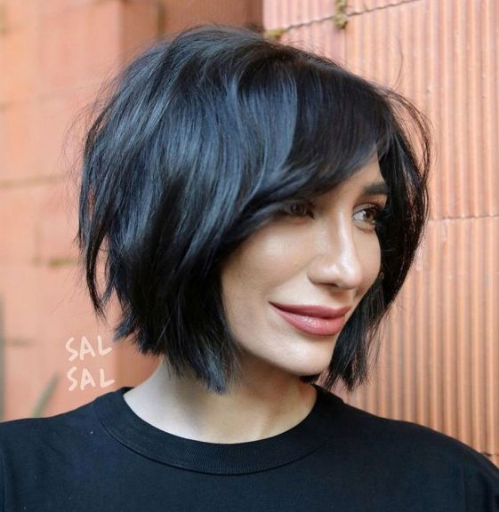 15 Sensual Short Haircut Styles for Older Women that is Awesome in 2021 Shaggy-choppy-bob
