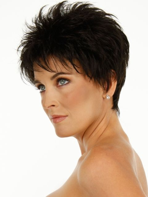 15 Sensual Short Haircut Styles for Older Women that is Awesome in 2021 Short-sassy-messy-haircut