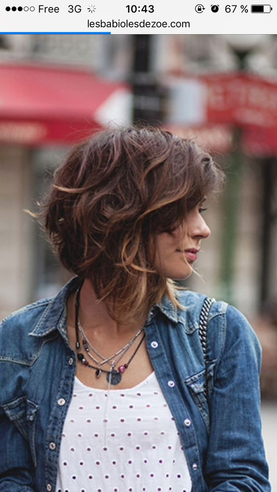 54 Awesome Short Layered Bob Hairstyles Ideas beautiful-layered-bob-hairstyle-with-curls