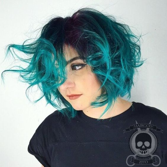 cute tousled bedhead sassy haircut style for women
