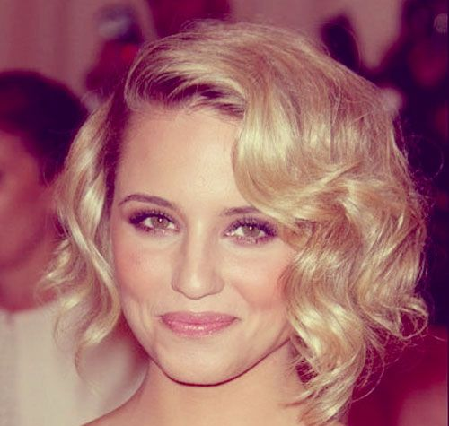 elegant looking side parted curly bob hairstyle