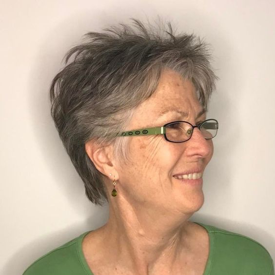 pretty looking two toned choppy haircut for older women