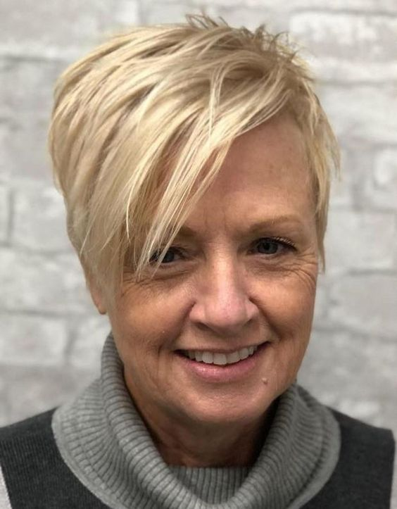 30 Pixie Haircuts for Women Over 50 that You Should Check (Updated 2021) 0bdb2bbdb91babdde1532ae3880c9ecf