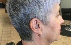 45 Wedge Haircuts for Women Over 50 for Those into Simple and Classic Appearance 30b6adf3a65aca6e3420603048c71d57-235x150