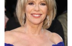 45 Celebrity Short Hairstyles Over 60 That Could Make One Look Fresher and Younger 3d6242e82d66d12a1268ef81eaedd292-235x150