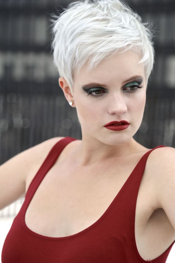 9 Pixie Haircuts for Women Over 50 to Make Them Keep Looking Great in Their Old Age 53698b8943b9997d80dbbaa0cdbedb67