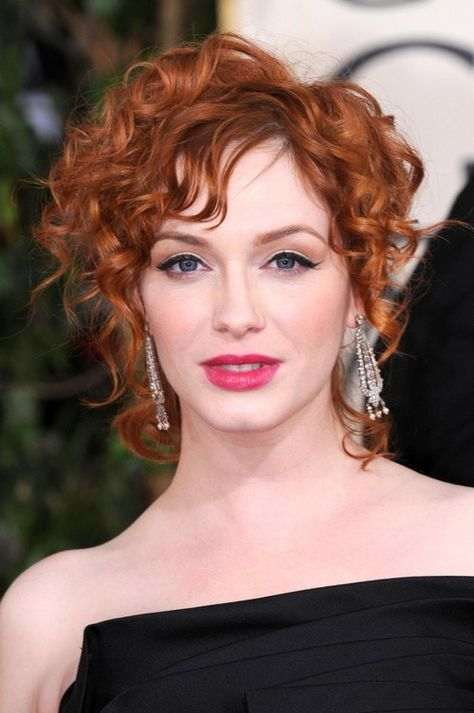 30 Pixie Haircuts for Women Over 50 that You Should Check (Updated 2021) Curly-pixie-mullet