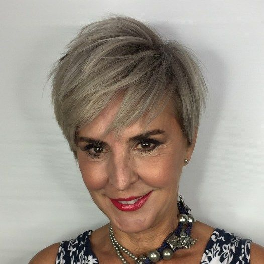 30 Pixie Haircuts for Women Over 50 that You Should Check (Updated 2021) Razor-cut-pixie