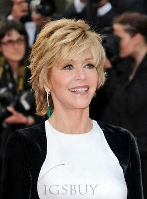 30 Pixie Haircuts for Women Over 50 that You Should Check (Updated 2021) Shaggy-angled-pixie
