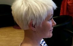 45 Short Hairstyles for Grey Hair and Glasses that Make Older Women Still Looking Stylish pixie_undercut_hairstyle_with_grey_hairs_2-235x150