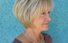 45 Short Hairstyles for Grey Hair and Glasses that Make Older Women Still Looking Stylish rounded_bob_with_stacked_nape_hairdo_4-235x150